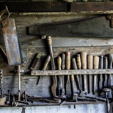 Alte Säge in Werkstatt